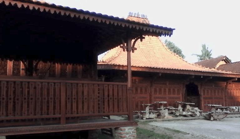 Proyek Rumah Joglo